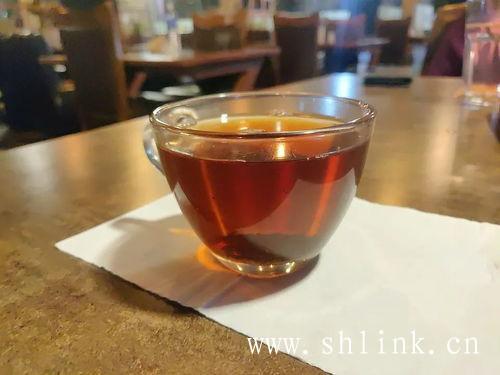 用什么水泡红茶是适合的呢?