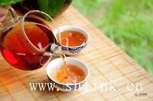 吃药的人,最好不要喝红茶!