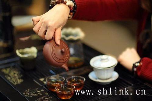 滇红工夫茶的泡茶水温,多少合适呢?